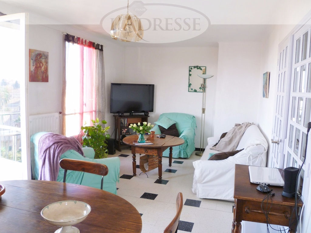 appartement-sete-3-piece-s-73-28-m2