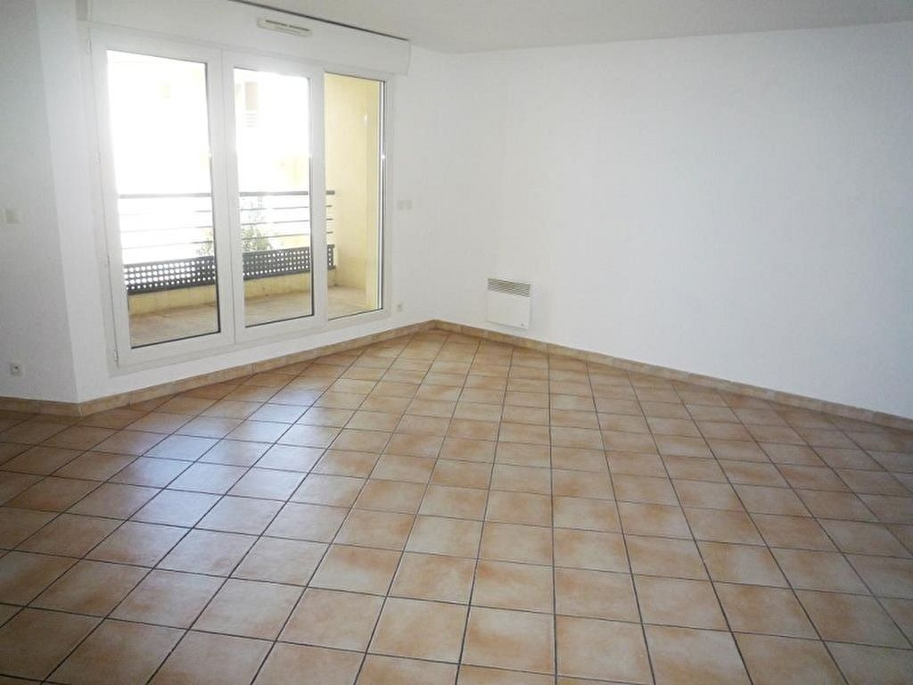 appartement-sete-2-piece-s-49-83-m2